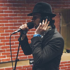 Maximo Park perform XFM session