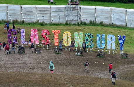 Glastonbury Festival sign image 2016