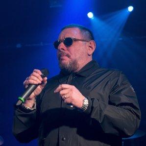 Shaun Ryder performing December 2016